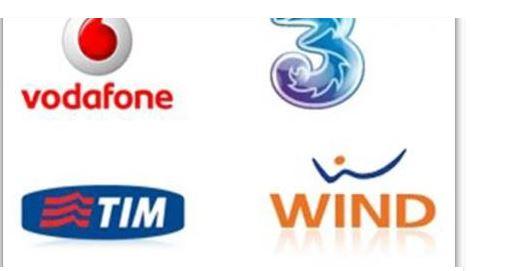 Telefonini, aumentano le tariffe: in arrivo la stangata per clienti Tim, Wind, Vodafone e 3